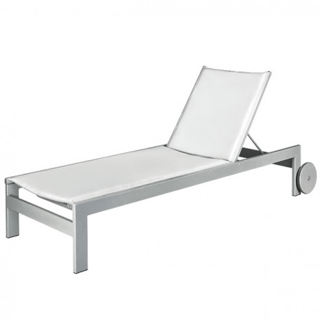 EASTSIDE Chaise Lounge with Wheels LC 8090W