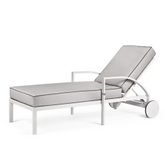 Chaise Lounge with Wheels<br>AV2890LW